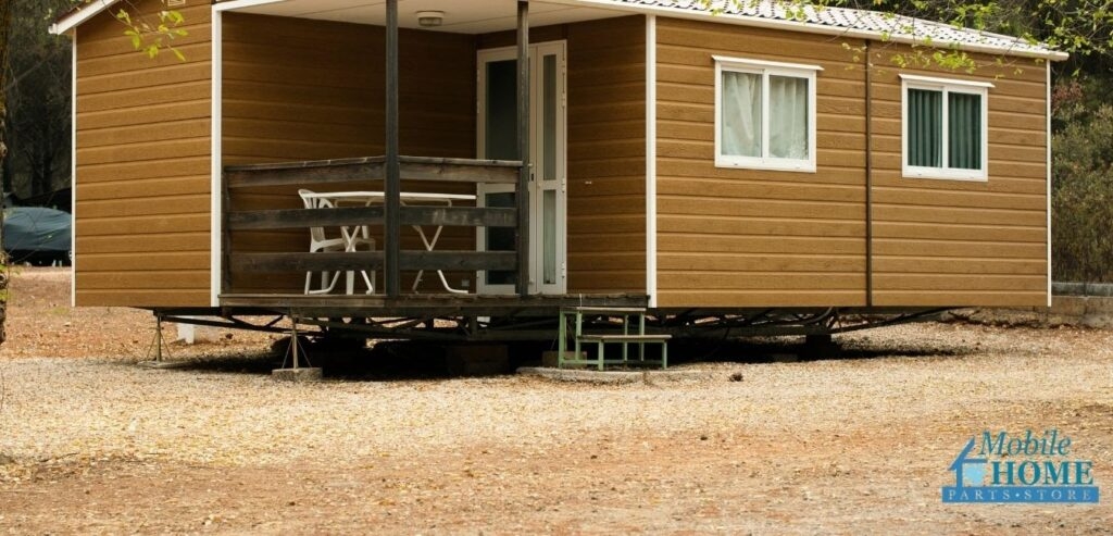 Mobile home without skirting