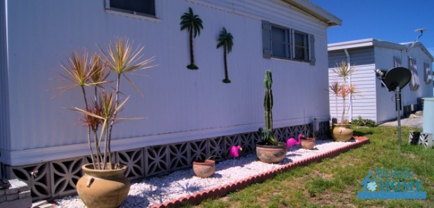 Skirting on the outside of a mobile home